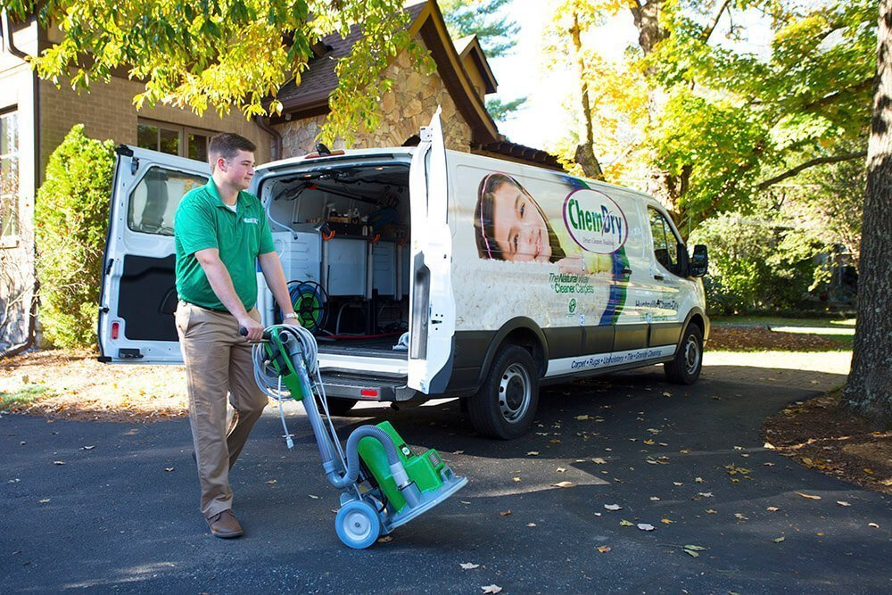 Chem-Dry Tech Carpet Cleaning in Andover, MN